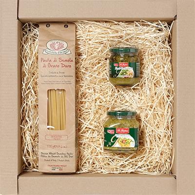 Kit Gourmet com massa especial italiana, molho vermelho e aperitivo